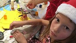 Mona gør sig klar til jul